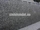 Granitt Kantstein 10x25 cm Prikkmeislet